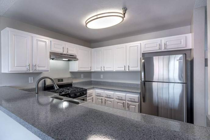 newly-renovated-apartments-for-rent-in-downtown-fullerton-ca-big-4