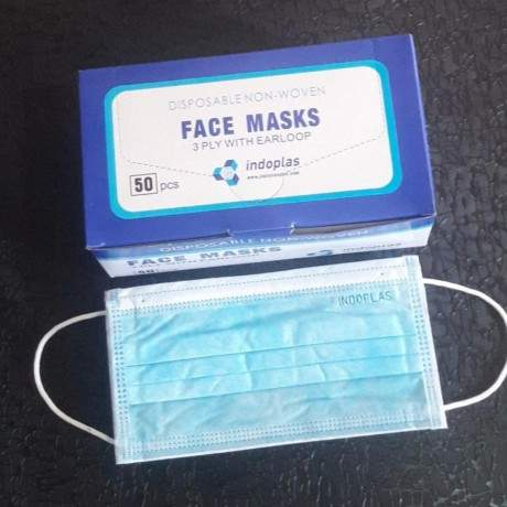 medical-and-surgical-disposable-3ply-face-mask-big-0