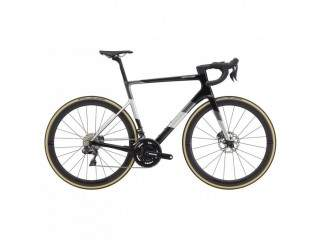 2020 Cannondale SuperSix EVO Hi-MOD Ultegra Di2 Disc Road Bike - (fastracycles)